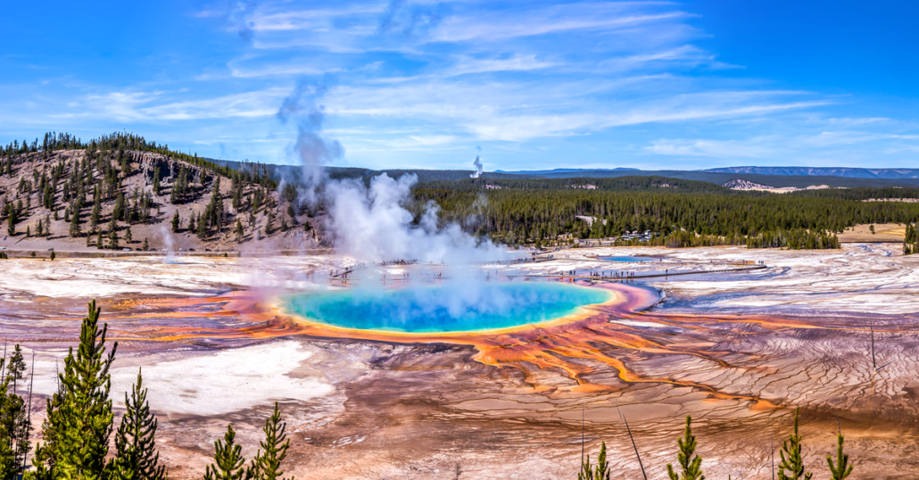 yellowstone national park world's best  national parks