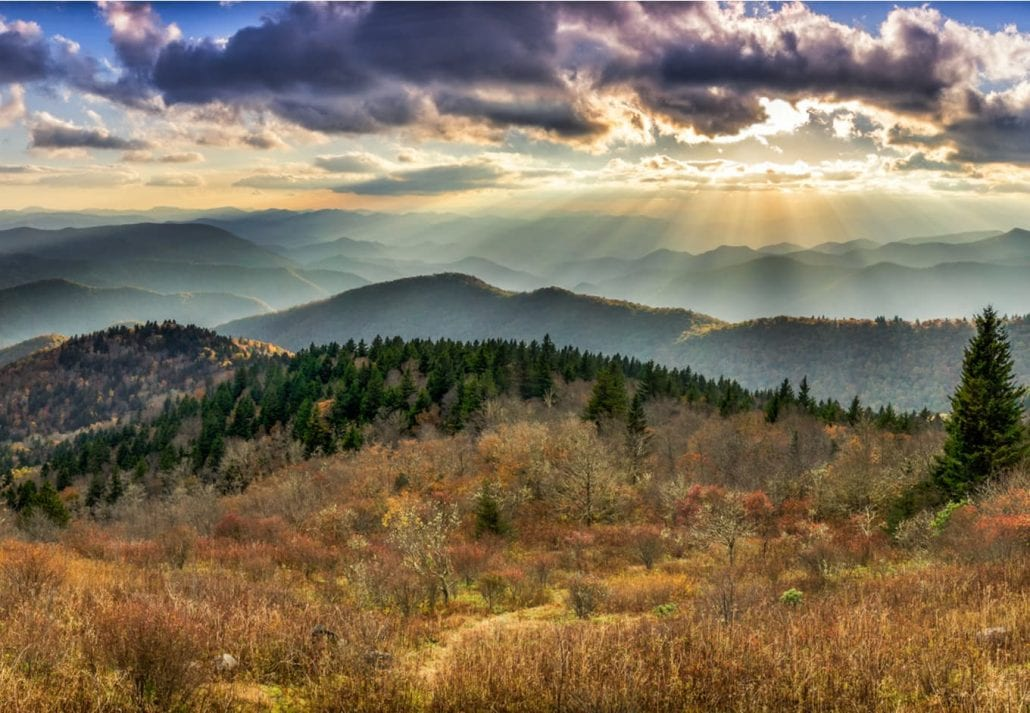 Panoramic views of the Smoky Mountains from the Blue Ridge Parkway